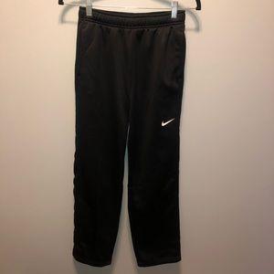 Nike Boys Therma-Fit Sweatpants